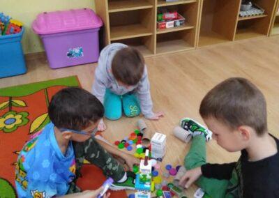 Zabawy plastyczno – konstrukcyjne