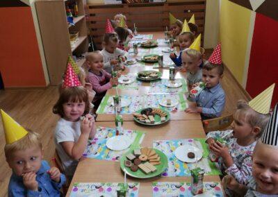 Imprezka u maluchów